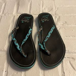 Bethany by Cobian thong sandals size 9